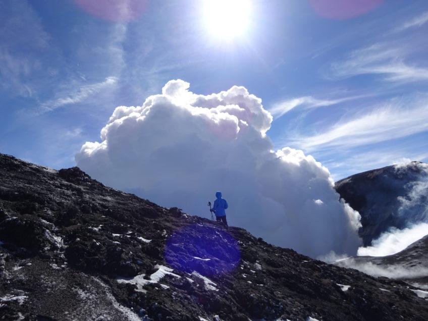 Vulcano Etna 3340 m a sci